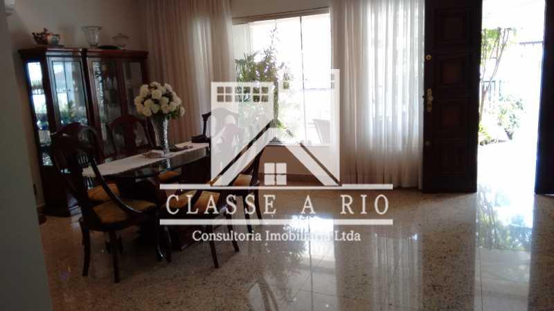 15 - Freguesia-Casa Linear condominio 3 quartos, 2 suites,2 vagas de garagem - FRCN30030 - 16