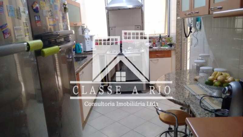 17 - Freguesia-Casa Linear condominio 3 quartos, 2 suites,2 vagas de garagem - FRCN30030 - 18