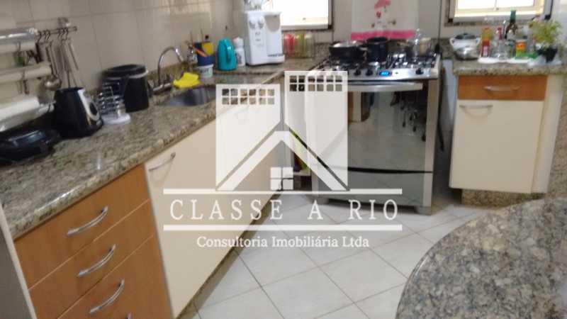 18 - Freguesia-Casa Linear condominio 3 quartos, 2 suites,2 vagas de garagem - FRCN30030 - 19