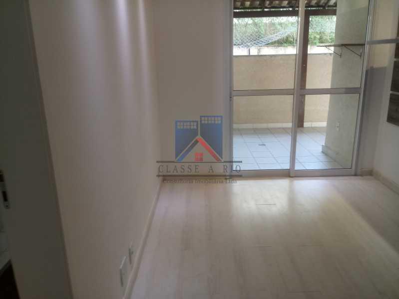 03 - Taquara-Apartamento,2 quartos,suite,armários,lazer,1 vaga de garagem - FRAP20074 - 5