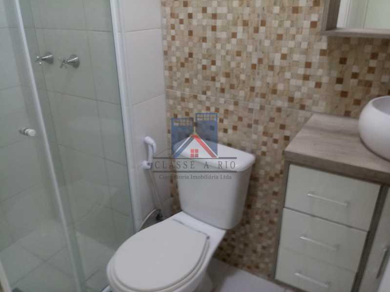 06 - Taquara-Apartamento,2 quartos,suite,armários,lazer,1 vaga de garagem - FRAP20074 - 13