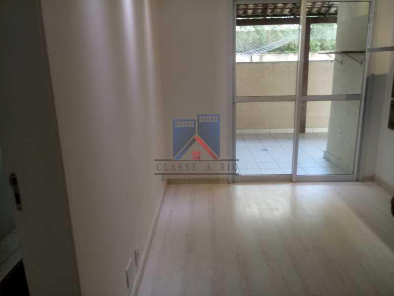 11 - Taquara-Apartamento,2 quartos,suite,armários,lazer,1 vaga de garagem - FRAP20074 - 14