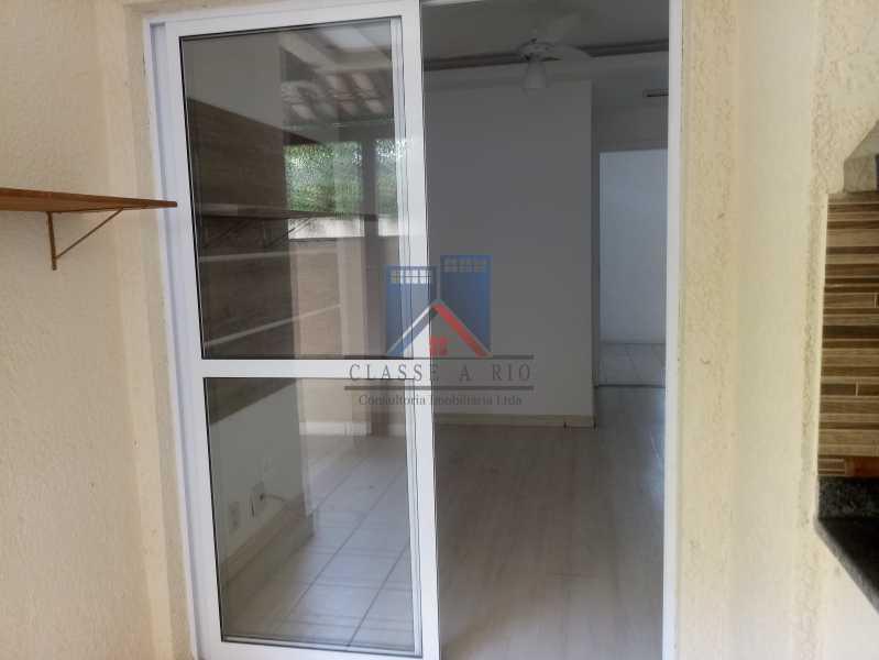 13 - Taquara-Apartamento,2 quartos,suite,armários,lazer,1 vaga de garagem - FRAP20074 - 8