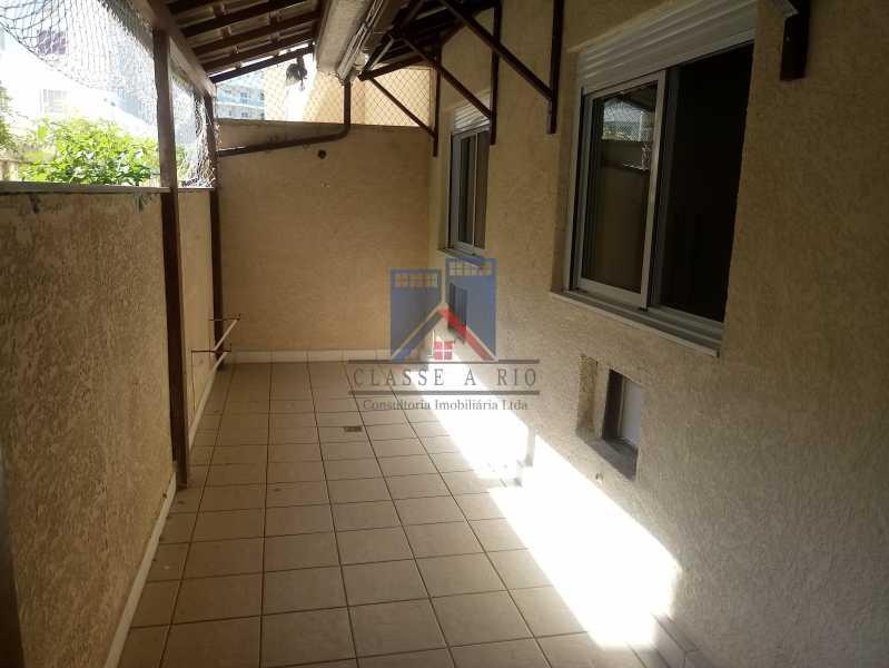 14 - Taquara-Apartamento,2 quartos,suite,armários,lazer,1 vaga de garagem - FRAP20074 - 10
