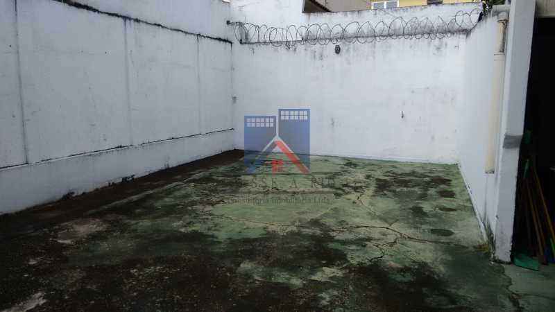 8 - Vila da Penha-Casas linear, 2 quartos, 5 vagas de garagem, amplo quintal, ótima localização - FRCA20005 - 31
