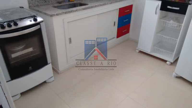 12 - Vila da Penha-Casas linear, 2 quartos, 5 vagas de garagem, amplo quintal, ótima localização - FRCA20005 - 19