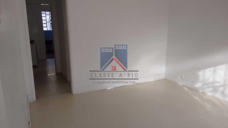 22 - Vila da Penha-Casas linear, 2 quartos, 5 vagas de garagem, amplo quintal, ótima localização - FRCA20005 - 13