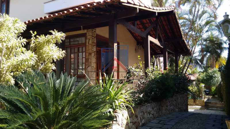 04 - Freguesia-Casa Área Nobre, Cond, fechado, 06 vagas garagem, 03 salas, 03 quartos suites, 02 closets, lazer - FRCN30035 - 5