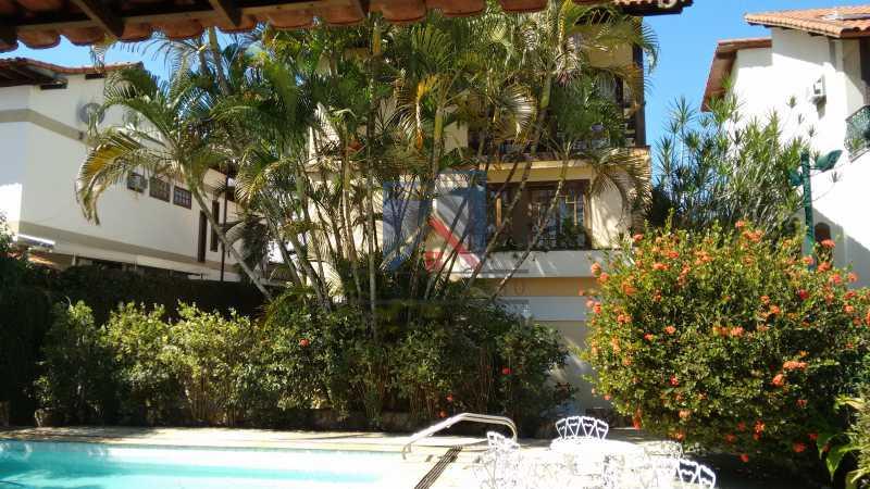 07 - Freguesia-Casa Área Nobre, Cond, fechado, 06 vagas garagem, 03 salas, 03 quartos suites, 02 closets, lazer - FRCN30035 - 27