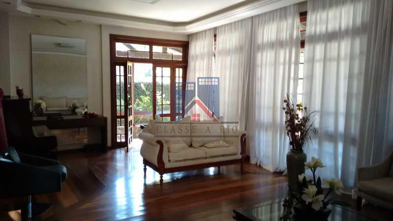 12 - Freguesia-Casa Área Nobre, Cond, fechado, 06 vagas garagem, 03 salas, 03 quartos suites, 02 closets, lazer - FRCN30035 - 8