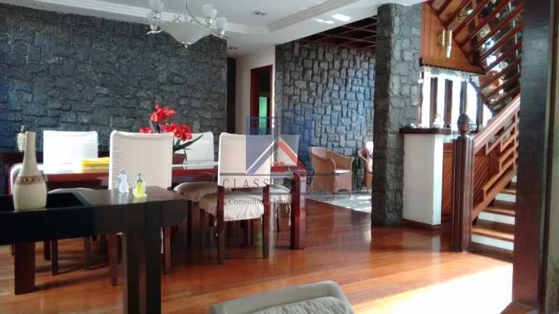 13 - Freguesia-Casa Área Nobre, Cond, fechado, 06 vagas garagem, 03 salas, 03 quartos suites, 02 closets, lazer - FRCN30035 - 12