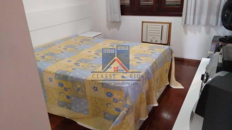 29 - Freguesia-Casa Área Nobre, Cond, fechado, 06 vagas garagem, 03 salas, 03 quartos suites, 02 closets, lazer - FRCN30035 - 22