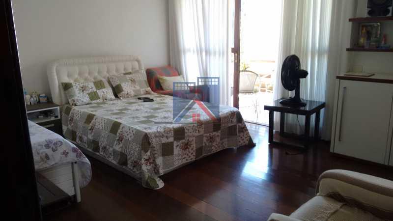 30 - Freguesia-Casa Área Nobre, Cond, fechado, 06 vagas garagem, 03 salas, 03 quartos suites, 02 closets, lazer - FRCN30035 - 23