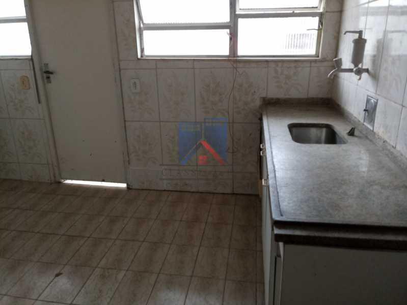 20190823_091022 - Praça Seca - apartamento amplo - vazio - 2 quartos - 2 varandas - prédio pastilhado - aceitando financiamento bancário. - FRAP20084 - 3
