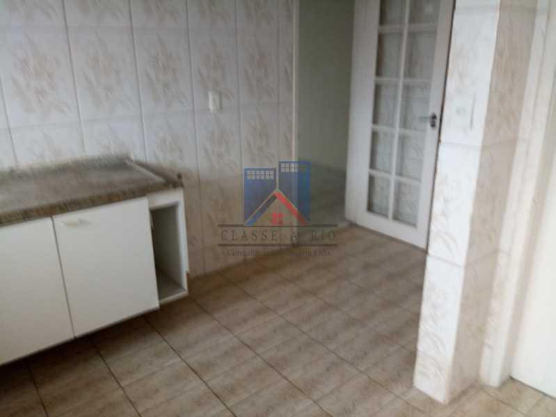 20190823_091107 - Praça Seca - apartamento amplo - vazio - 2 quartos - 2 varandas - prédio pastilhado - aceitando financiamento bancário. - FRAP20084 - 10