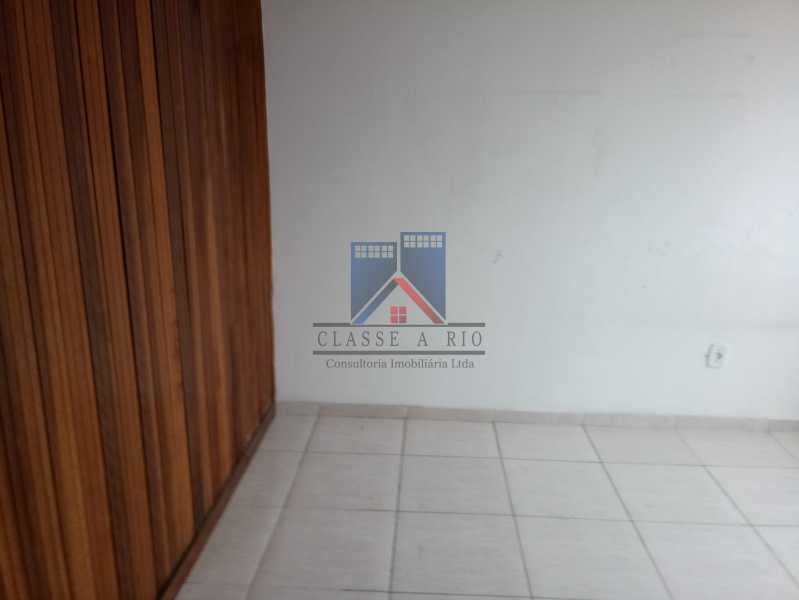 20190823_091157 - Praça Seca - apartamento amplo - vazio - 2 quartos - 2 varandas - prédio pastilhado - aceitando financiamento bancário. - FRAP20084 - 16