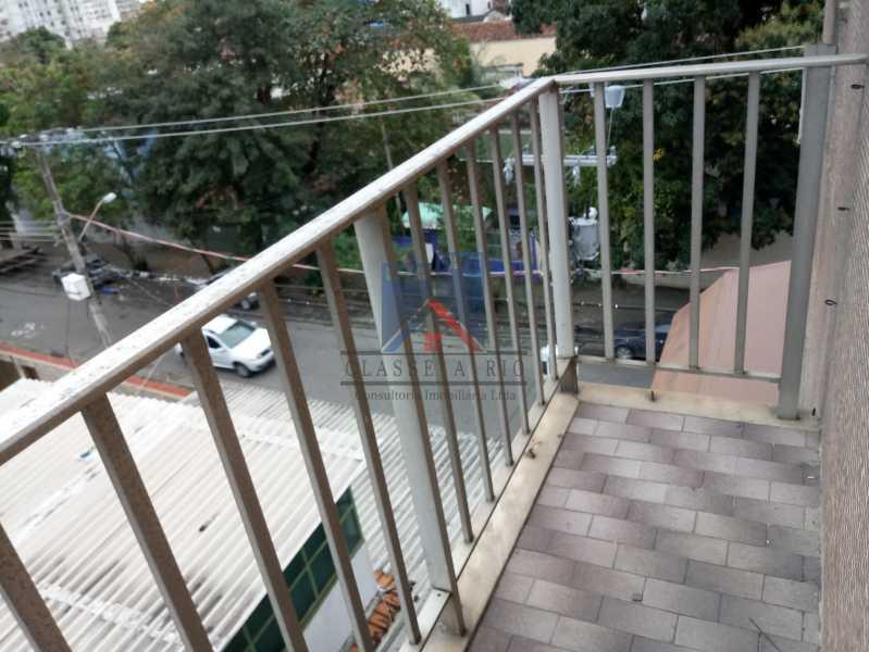 20190823_091218 - Praça Seca - apartamento amplo - vazio - 2 quartos - 2 varandas - prédio pastilhado - aceitando financiamento bancário. - FRAP20084 - 17