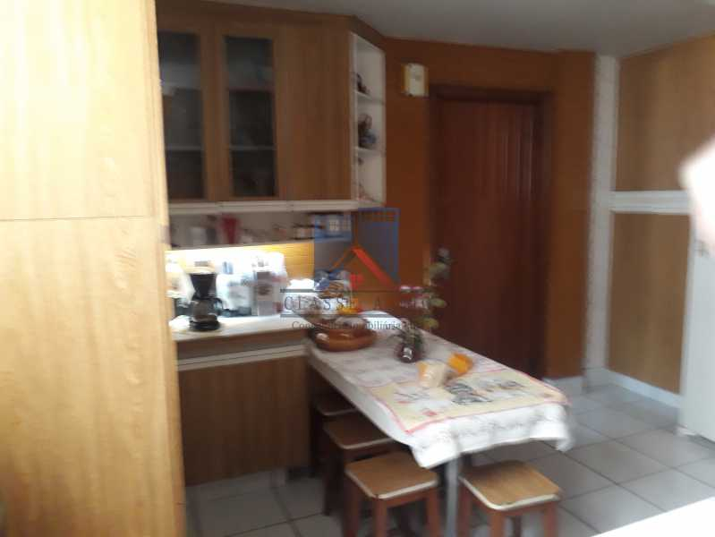 11 - Engenho de Dentro-Amplo apartamento, 120 metros,3 quartos,suite, dep. emp., 2 vagas de garagem - FRAP30036 - 15