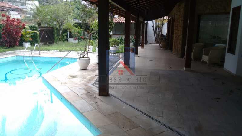 10 - VENDA ou LOCAÇÃO- Cond. Eldorado-Casa alto padrão - 6 quartos - 4 suítes - Piscina. - FRCN60001 - 7