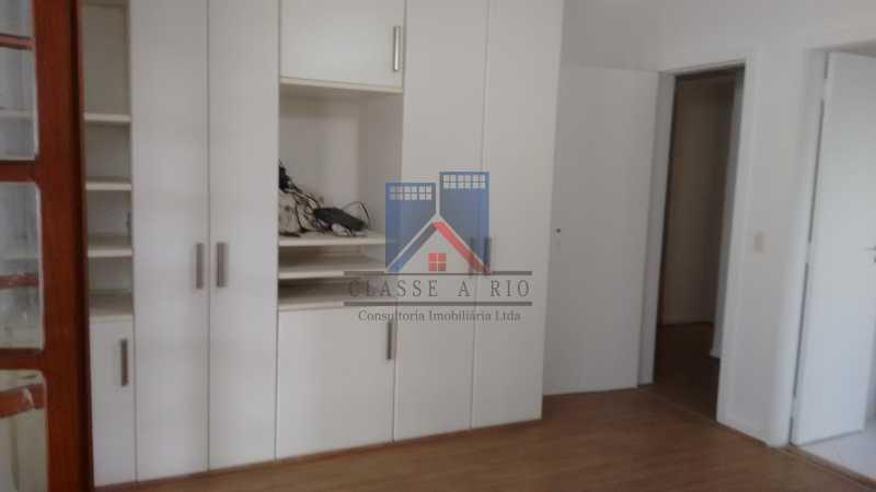 23 - VENDA ou LOCAÇÃO- Cond. Eldorado-Casa alto padrão - 6 quartos - 4 suítes - Piscina. - FRCN60001 - 24