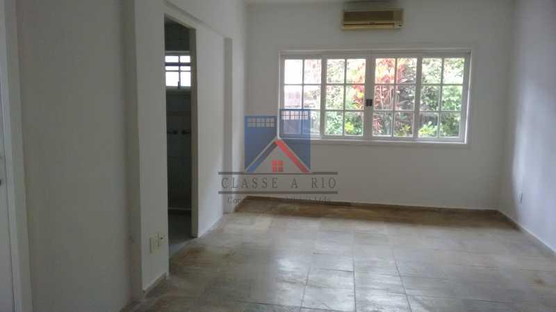 28 - VENDA ou LOCAÇÃO- Cond. Eldorado-Casa alto padrão - 6 quartos - 4 suítes - Piscina. - FRCN60001 - 29