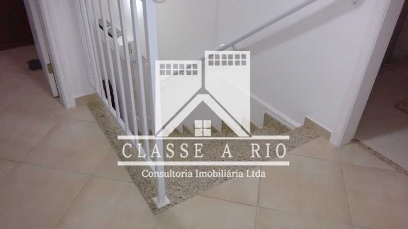 016 - Pechincha-Otima casa condominio,3 quartos,suite, 3 vagas de garagem - FRCN30003 - 17