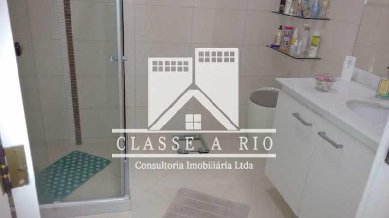018 - Pechincha-Otima casa condominio,3 quartos,suite, 3 vagas de garagem - FRCN30003 - 19
