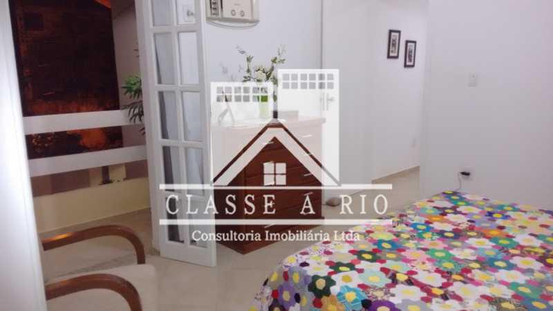019 - Pechincha-Otima casa condominio,3 quartos,suite, 3 vagas de garagem - FRCN30003 - 20