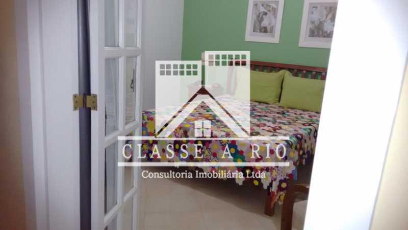 020 - Pechincha-Otima casa condominio,3 quartos,suite, 3 vagas de garagem - FRCN30003 - 21