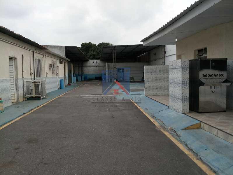 01 - GALPÃO - Rocha Miranda 980m2 área construída com escritórios, refeitório, copa cozinha, banheiros, vestiários, oficina ..... - FRGA00001 - 1
