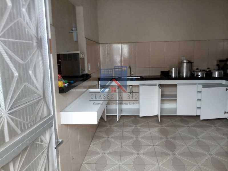 04 - GALPÃO - Rocha Miranda 980m2 área construída com escritórios, refeitório, copa cozinha, banheiros, vestiários, oficina ..... - FRGA00001 - 26