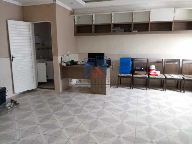 09 - GALPÃO - Rocha Miranda 980m2 área construída com escritórios, refeitório, copa cozinha, banheiros, vestiários, oficina ..... - FRGA00001 - 15