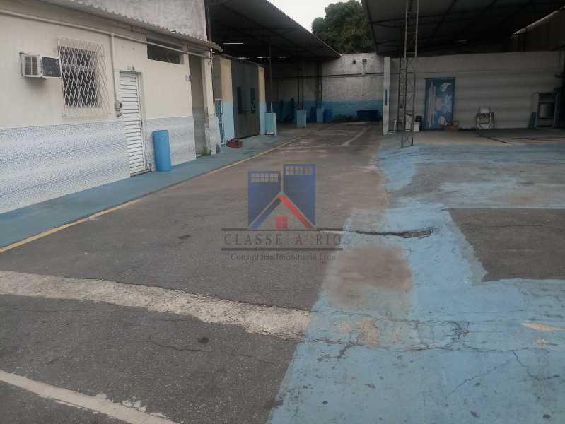 25 - GALPÃO - Rocha Miranda 980m2 área construída com escritórios, refeitório, copa cozinha, banheiros, vestiários, oficina ..... - FRGA00001 - 6