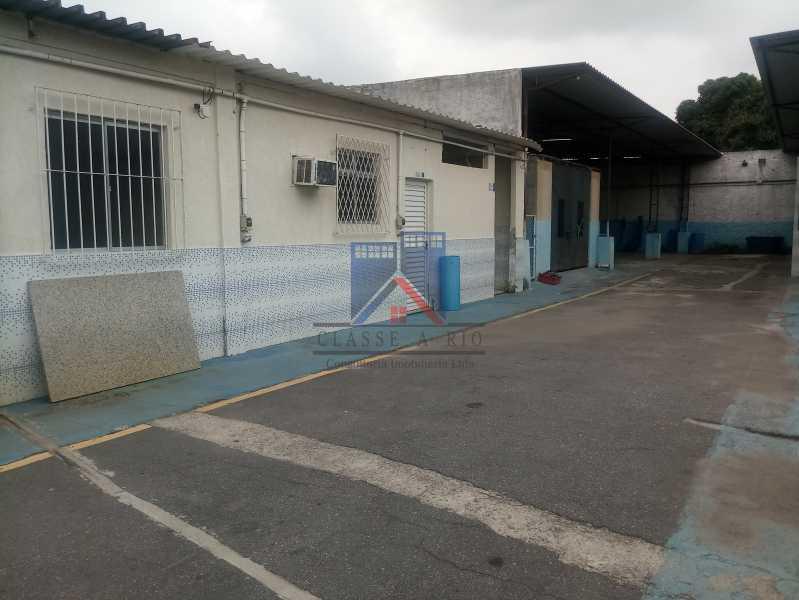 28 - GALPÃO - Rocha Miranda 980m2 área construída com escritórios, refeitório, copa cozinha, banheiros, vestiários, oficina ..... - FRGA00001 - 30