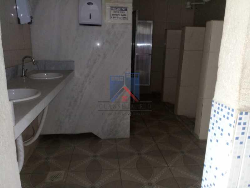 30 - GALPÃO - Rocha Miranda 980m2 área construída com escritórios, refeitório, copa cozinha, banheiros, vestiários, oficina ..... - FRGA00001 - 23