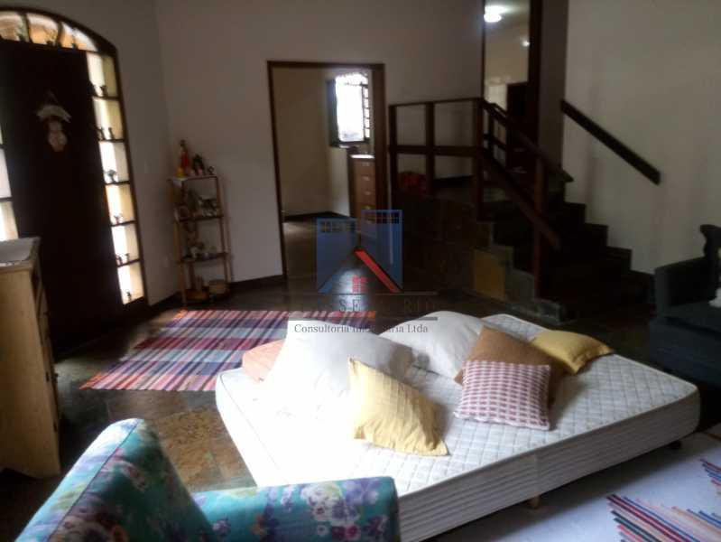 06 - Taquara - Linda Casa Condomínio - 3 Salas / 3 Qts / 2 suítes. - FRCN30036 - 6