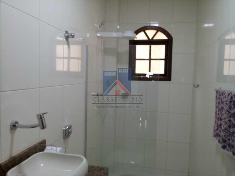 15 - Taquara - Linda Casa Condomínio - 3 Salas / 3 Qts / 2 suítes. - FRCN30036 - 15