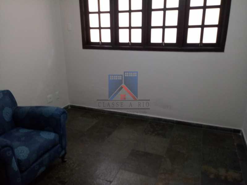 16 - Taquara - Linda Casa Condomínio - 3 Salas / 3 Qts / 2 suítes. - FRCN30036 - 16