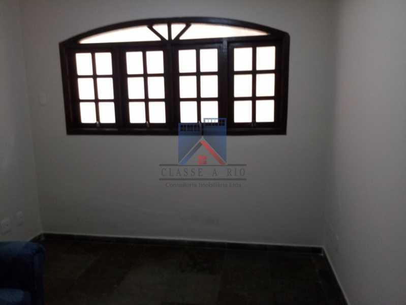 17 - Taquara - Linda Casa Condomínio - 3 Salas / 3 Qts / 2 suítes. - FRCN30036 - 17