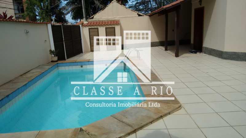02 - Casa À Venda no Condomínio Colina do Retiro - Pechincha - Rio de Janeiro - RJ - FRCN30005 - 4