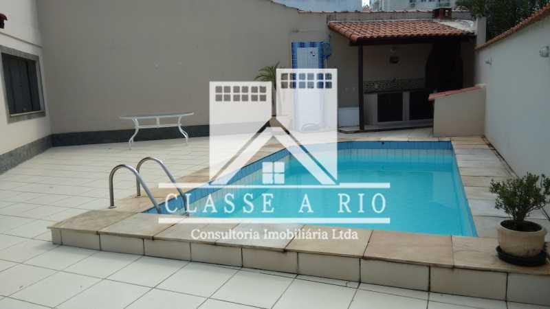 04 - Casa À Venda no Condomínio Colina do Retiro - Pechincha - Rio de Janeiro - RJ - FRCN30005 - 3