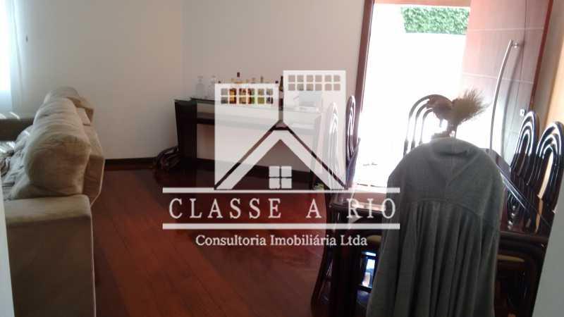 010 - Casa À Venda no Condomínio Colina do Retiro - Pechincha - Rio de Janeiro - RJ - FRCN30005 - 24