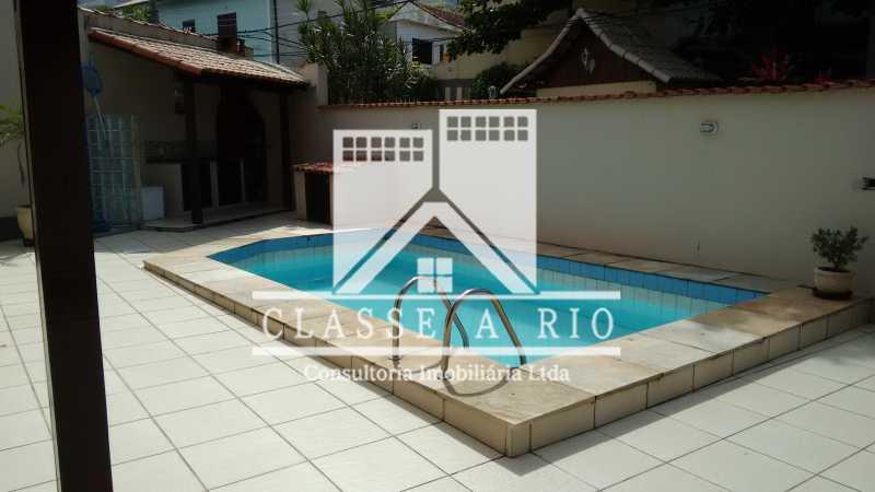 011 - Casa À Venda no Condomínio Colina do Retiro - Pechincha - Rio de Janeiro - RJ - FRCN30005 - 21