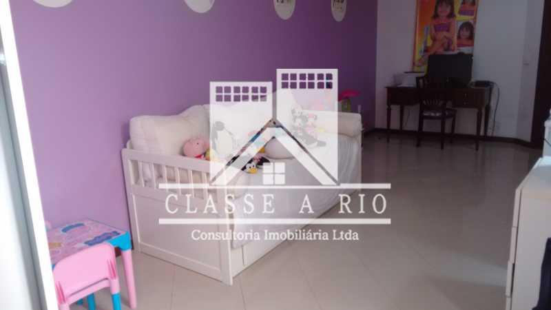 012 - Casa À Venda no Condomínio Colina do Retiro - Pechincha - Rio de Janeiro - RJ - FRCN30005 - 13