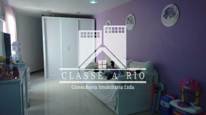 013 - Casa À Venda no Condomínio Colina do Retiro - Pechincha - Rio de Janeiro - RJ - FRCN30005 - 14
