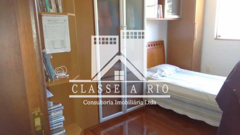 019 - Casa À Venda no Condomínio Colina do Retiro - Pechincha - Rio de Janeiro - RJ - FRCN30005 - 16
