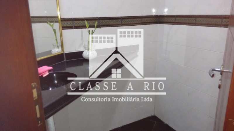 020 - Casa À Venda no Condomínio Colina do Retiro - Pechincha - Rio de Janeiro - RJ - FRCN30005 - 12