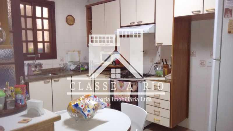 027 - Casa À Venda no Condomínio Colina do Retiro - Pechincha - Rio de Janeiro - RJ - FRCN30005 - 18