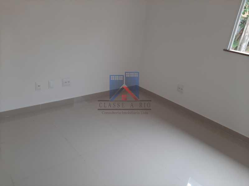 10 - Freguesia - luxo - 5 qts 4 suítes sendo 1 qto no primeiro pavimento. - FRCN50006 - 11