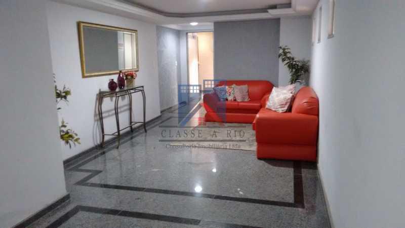 1 - Vendo-Praça Seca-Cobertura duplex, 186 metros, 03 quartos, 02 suites, dep.emp., 02 vagas de garagem - FRCO30013 - 31